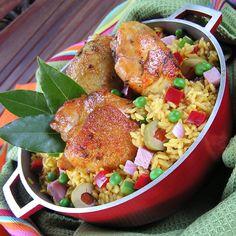 ARROZ CON POLLO (Chicken w/rice)