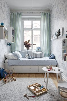 small kids room ideas how to furnish and organize a small space for children light bright green blue bedroom decor inspo day bed trundle bed design inspiration Small Bedroom Designs, Small Room Design, Kids Room Design, Bed Design, Bedroom Small, Narrow Bedroom Ideas, Small Childrens Bedroom Ideas, Tiny Girls Bedroom, Long Narrow Bedroom