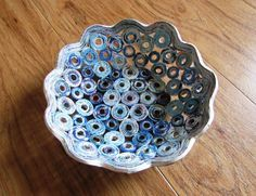 Bowls basket cup recycled handmade from magazine by fantasmaniaxx