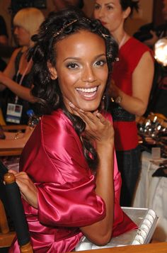 Pin for Later: 150+ Supersexy Moments to Get You Excited For the VS Fashion Show  Selita Ebanks looked totally glowing backstage in 2007.