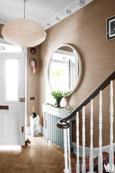 See More Of Beata Heuman's London Home Photos | Architectural Digest Hallway Decorating, Interior Decorating, Interior Design, Nordic Interior, Interior Door, Decorating Ideas, Interior Architecture, Beata Heuman, Design Entrée