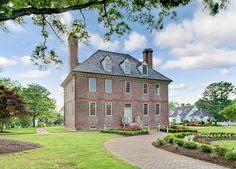 A spacious one- or two-bedroom abode at a historic, 256-acre getaway near Colonial Williamsburg