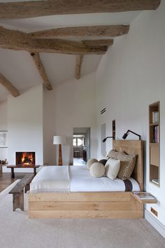 See more of Pierre Yovanovitch Architecture d'Intérieur's Provence on 1stdibs