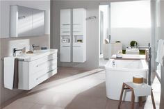 Санфаянс Villeroy&Boch: Joyce #hogart_art #interiordesign #design #apartment #house #bathroom #furniture #VilleroyBoch #shower #sink #bathroomfurniture #bath #mirror