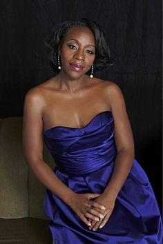 Marianne Jean Baptiste from the tv series Without a Trace