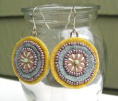 cute felt earrings!! going to make these too!!