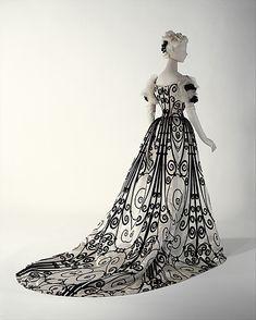 1898-1900, Abendkleid von House of Worth, aus Seide, Frankreich