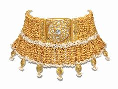 The World Gold Council is reviving the trend for gold jewellery in India with the new  Tarun Tahiliani for Azva' bridal collection.