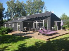 Sommerhus: LUKSUS i EBELTOFT - 120m2, 500m til Strand, Spa/Sauna, Internet, Hems m DVD, Brændeovn, Bordfodbold