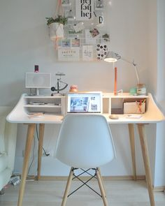 Home office with desk in Scandistyle ideas for furnishing in the Scandinavian is part of Bedroom desk decor Home office with Scandistyle desk ideas for Scandinavianstyle furnishing - Home Office Design, Home Office Decor, House Design, Diy Computer Desk, Minimalist Bedroom, Dream Rooms, Dorm Room, Room Decor, Desk Ideas