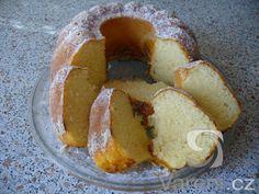Recept na výbornou bábovku z piškotového těsta. Doughnut, French Toast, Breakfast, Food, Morning Coffee, Essen, Meals, Yemek, Eten
