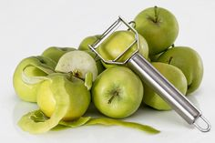 Apple Gin Liqueur Recipe D. Put together your favorite drink and your favorite fruit and you will have Apple Gin! The post Apple Gin Liqueur Recipe D. appeared first on Build The Bottle. Weight Loss Tea, Lose Weight, Soup Recipes, Diet Recipes, Healthy Recipes, Healthy Foods, Gin Liqueur Recipe, Healthy Soup, Immune System