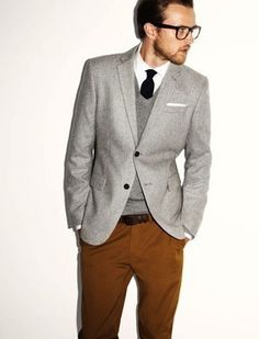 Very hot, and classic! Just love it... Some times I wish I was a guy so that I could dress like that!