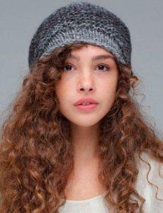 Cabelo cacheado e cabelo crespo com gorro: pode sim! – Blog Juba de Leoa por Vivi Najjar
