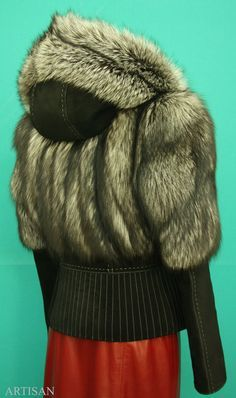 переделка шубы дома: 7 тыс изображений найдено в Яндекс.Картинках Fur Fashion, High Fashion, Cool Jackets, Winter Accessories, Fur Trim, Vest Jacket, Parka, Fur Coat, Winter Hats
