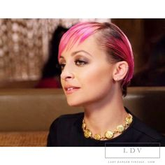 Vintage CHANEL Double Sided  Mademoiselle Choker as seen on Nicole Richie of  VH1 candidly nicole www.ladydangervintage.com #nicolerichiefashion #chanel_necklace #candidly_nicole_fashion #vinatge_chanel_nicole_richie #nicole_richie_chanel #Vintage_chanel_mademoiselle_necklace #chanel #chanelcostumejewelry