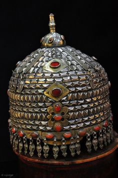 Central Asia | Ersari hat; silver, silver gilt and carnelian | ca. Late 19th century | Price on request.