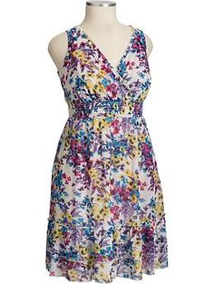 More pretty flowers to go with an easy, breezy cardigan - just lovely.