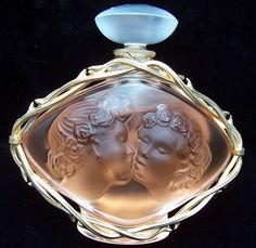 Rare Lalique LE BAISER 3.3 Oz. Perfume Bottle