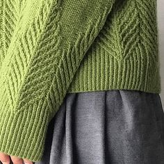 Ravelry: Poplar pattern by Ayano Tanaka Crochet Yarn, Knitting Yarn, Ravelry, Lang Yarns, Cascade Yarn, Paintbox Yarn, Yarn Brands, Drops Design, Stockinette