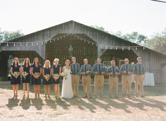 barn wedding & chambray shirts This look cool chilly except Jason in a suit. Wedding 2017, Wedding Groom, Farm Wedding, Wedding Attire, Wedding Blog, Dream Wedding, Wedding Ideas, Wedding Stuff, Wedding Goals