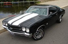 Chevrolet Chevelle SS Chevy Chevelle :: Love a gorgeous old muscle car like this :: Muscle Cars Vintage, Old Muscle Cars, American Muscle Cars, American Sports, Classic Muscle Cars, Chevy Muscle Cars, Old Classic Cars, Classic Chevy Cars, Old School Muscle Cars