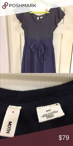 ANTHROPOLOGIE Dress Gorgeous material and pattern with bow. Slimming style. Looks great with flats or heels. So pretty 🎀🎀🎀 Anthropologie Dresses Midi