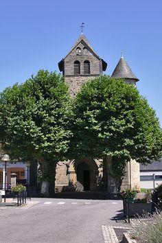 Église Saint-Pierre de Naves,  Corrèze. Limousin