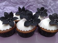 black and white cupcake #flower