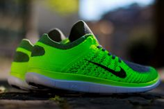 Nike Free Flyknit 4.0 Volt, Black & Light Charcoal