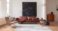 EYYE: een nieuw platform voor Dutch Design, nu te zien bij Van der Donk interieur. Daar willen we natuurlijk meer over weten.
