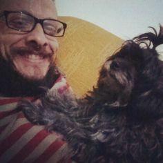 #Matilda e eu deboando... | #poodletoy #dog #pet #beard #bearded #glasses #smile #mustache #barba #barbado #barbudo #bigode