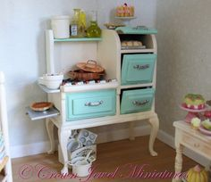 Handpainted stove in the Crown Jewel Miniatures shabby kitchen