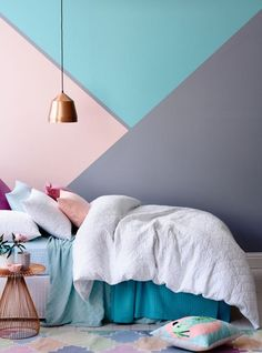 Home Bohemian Bedroom Decor from Around the World Styles That Will Give You Fab Bedroom Ideas Bedroom Styles, Bedroom Colors, Bedroom Ideas, Cool Bedrooms For Boys, Style At Home, Bohemian Bedroom Decor, Pretty Bedroom, Geometric Wall, Deco Design