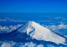 富士山(静岡県) 一度はいっておきたい!日本の観光名所&絶景スポット47選(都道府県別) - Colors(カラーズ)
