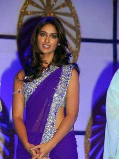 Illeana D'cruz in a beautiful blue saree. #Fashion #Bollywood