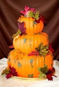 @KatieSheaDesign ♡❤ #Cakes ❤♡ ♥ ❥ Autumn Leaves & Pumpkin Tiered Cake