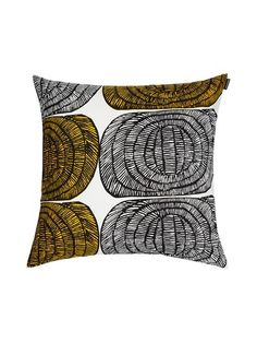 Mehiläispesä is a stylish cushion cover from Marimekko that fits perfectly in every room. Combine with other cushion covers from Marimekko for a lovely pattern and color combination. Marimekko, Modern Pillows, Decorative Pillows, Cushion Covers, Pillow Covers, Scandinavia Design, Yellow Throw Pillows, Unique Toys, Kartell