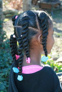 PERFECT pigtails and twists using hot pink and turquoise Sweet Pea Gabby Bows by The Fro Show.