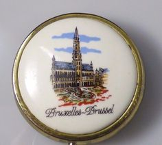 Vintage Enamel Bruxelles-Brussel Belgium Scenic Pill Box Case Gold Tone Unique!