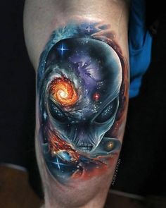 Tattoos are created by injecting ink through into the skin. Tattoo artists accomplish this by using an electric powered tattoo gun that almost sounds like the drill a dentist uses. Head Tattoos, Dope Tattoos, Badass Tattoos, Unique Tattoos, Body Art Tattoos, Space Tattoos, Et Tattoo, Alien Tattoo, Space Tattoo Sleeve