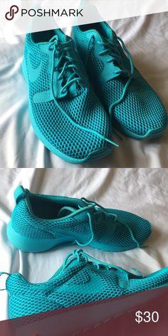 Nike Roshe One Hyper Breathe Women's Shoe US9 Workout shoes- worn twice Nike Shoes Sneakers