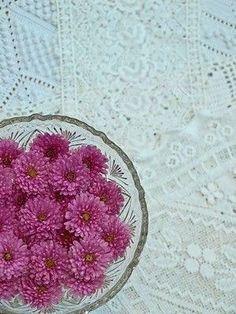 Flores en un cuenco