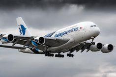 9M-MNA - Malaysia Airlines Airbus A380 photo (315 views)
