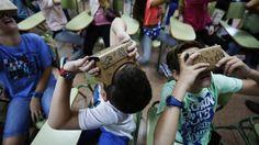 España empieza a impulsar proyectos pedagógicos que usan los teléfonos como una herramienta más del aula