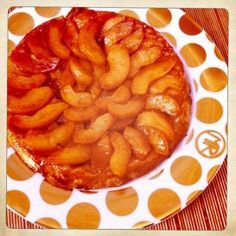 Kweeperen tartetatin van @Kokenmetkarin Cake & Co, What To Cook, Apple Pie, Macaroni And Cheese, Deserts, Gluten, Fruit, Sweet, Ethnic Recipes