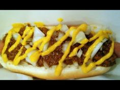 """Here is a very close replica to the famous """"Coney Island"""" chili dog from Michigan. Steamed buns, hotdog, meat sauce, mustard, and chopped onions. Hot Dog Chili, Beef Hot Dogs, Chili Dogs, Hot Dog Recipes, Beef Recipes, Cooking Recipes, Bacon Jalapeno Mac And Cheese, Burger Dogs, Hamburgers"""