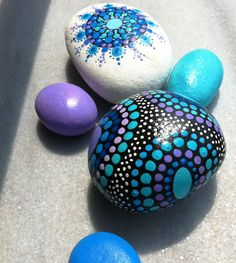 Set of 5mandala hand painted stones