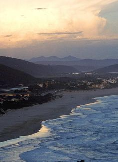 The Eastern Cape-Plettenberg bay Pretoria, Lush Garden, Beach Themes, Outdoor Fun, Cape Town, Beautiful World, West Coast, South Africa, Paradise