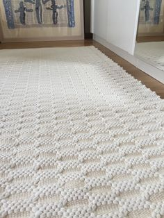 Thick and soft rug. Handmade on the loom. White Rug, Ivory White, White Cotton, Floor Rugs, Shag Rug, Loom, Hand Sewing, Meditation, Flooring